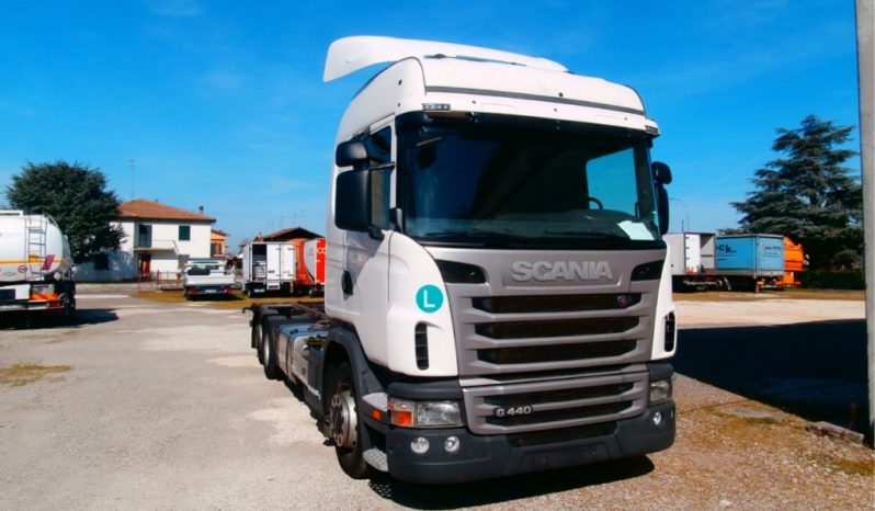 Camion Scania G 440 usato completo
