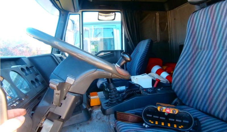 Camion Iveco Eurotech 260E38 usato completo
