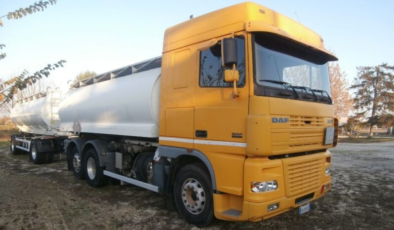 Camion DAF XF 430 cisterna usato completo